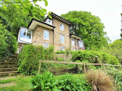Knoll Lodge, Holywell Road, Worcestershire